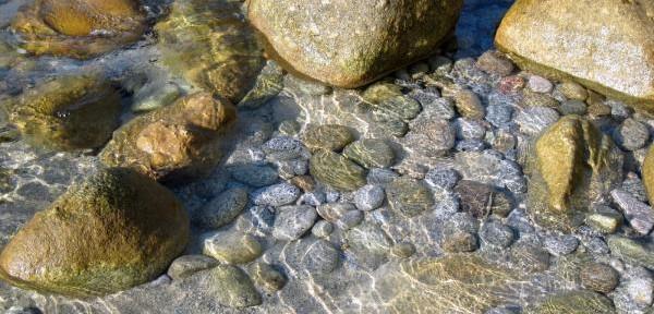 Le-pietre-vive-del-mare-di-Tropea.jpg