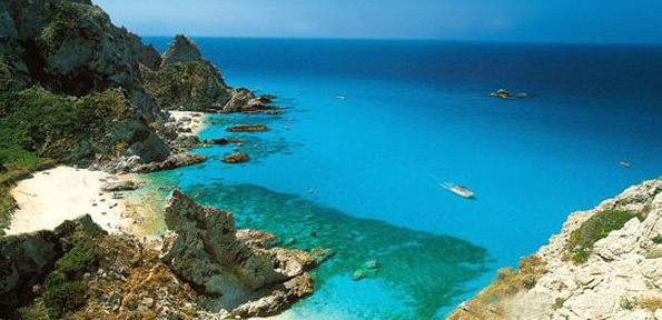 Grotticelle,-spiaggetta-praia-i-focu.jpg