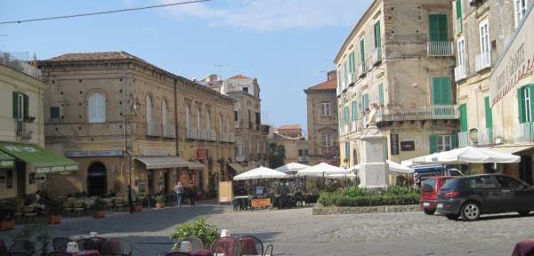 Piazza-Ercole.jpg
