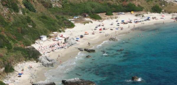 CAPO-VATICANO-spiaggia-'SALAMITE'.jpg