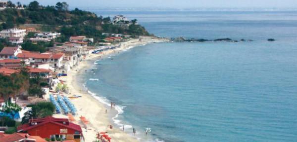 Spiaggia-di-SANTA-MARIA-a-Capo-Vaticano-Ricadi.jpg