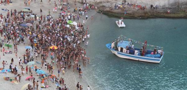 La-processione-a-mare-dell'Assunta-1.jpg