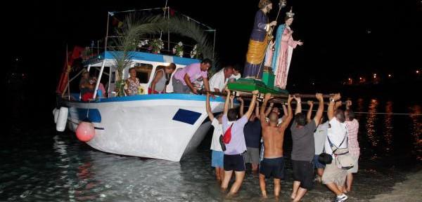 Rientro-processione-a-mare-3.jpg